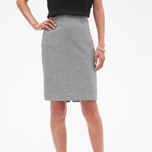 Banana Republic Washable Grey Pencil Skirt